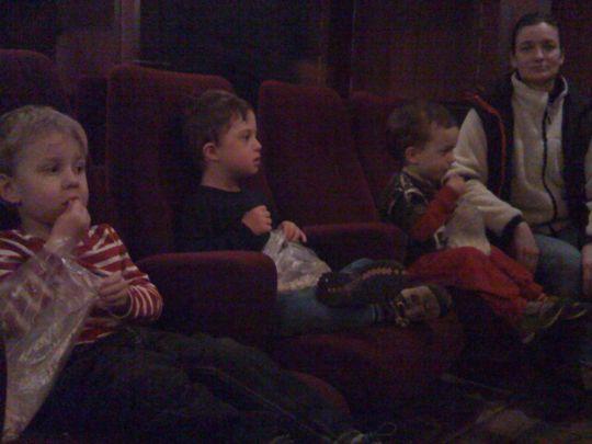 Förväntansfulla popcornmumsare